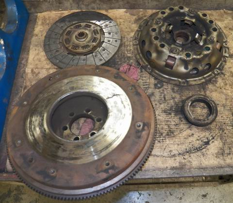 "Fort Wayne Toyota >> 1973 FORD 4000 SU TRACTOR CLUTCH KIT - REMANUFACTURED 11"" BORG & BECK CLUTCH KIT w LIVE PTO ..."