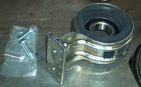 2003 2007 Cadillac Cts Driveshaft Center Support Hanger