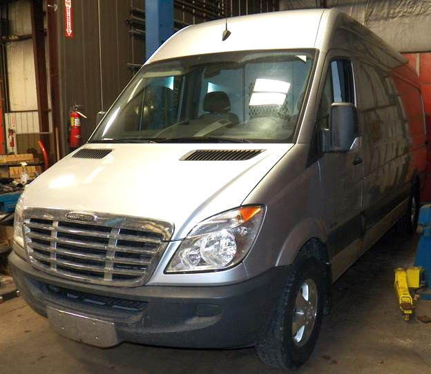2007~2009 DODGE SPRINTER, FREIGHTLINER 2500/3500 REAR